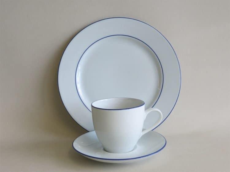 Blau gerändeltes Gedeck mit Kaffeetasse Ole und Teller 21 cm Blaurand