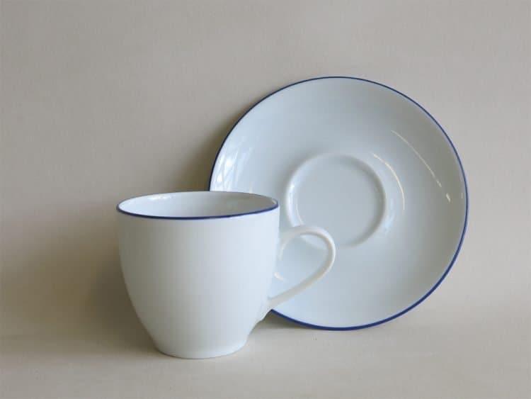 Kaffeetasse Ole mit blauem Rand und passendem Unterteller Blaurand