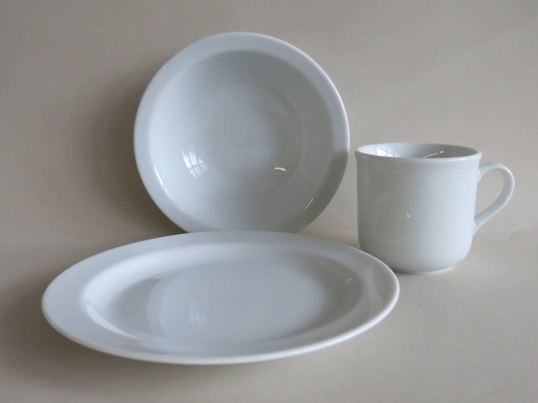 Kindergeschirrset aus Porzellan mit Teller, Müslischüssel und Kinderbecher 230 ml