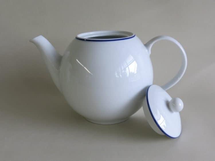 runde Teekanne Olympia Blaurand 700 ml