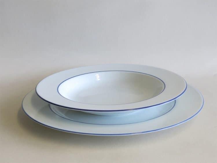 Blaurand zum Vergleich Teller 27 cm und Suppenteller tief 22 cm mit doüppeltem Blaurand