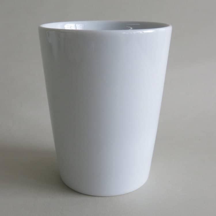 Becher Milli weiß ohne Henkel 2. Wahl 260 ml. Für kalte oder lauwarme Getränke