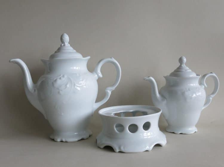 Weiße PorzellanKaffeekanne 1,2l und Kaffeekanne 0,6l Friederike