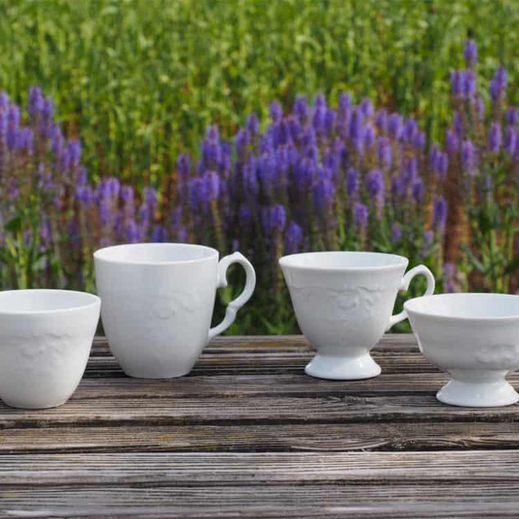Teetasse, Kaffeetassen, Becher Friederike mit Reliefoptik aus weißem Porzellan