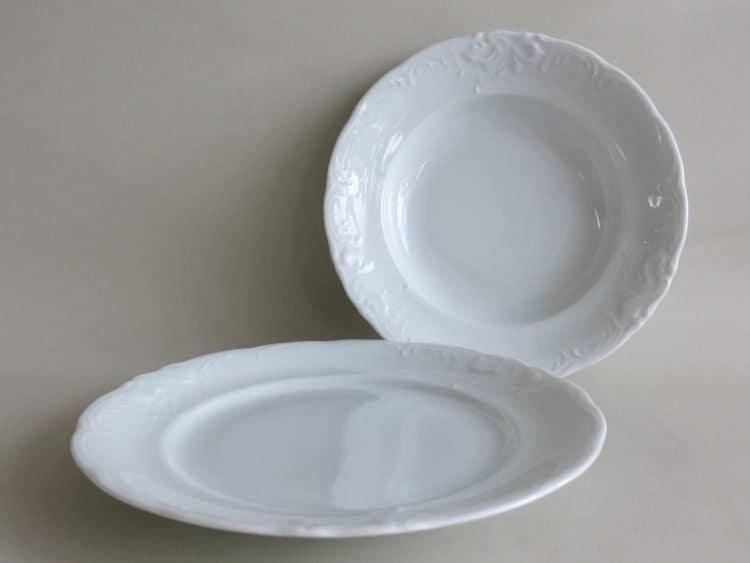 Friederike Essteller 26 cm und Suppenteller 22 cm aus weißem Porzellan