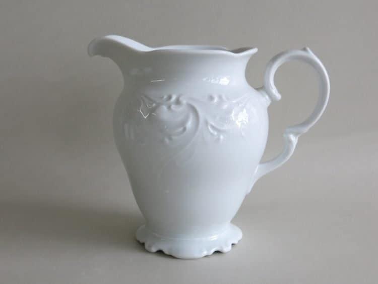 Weißer Porzellan Krug Friederike 1l