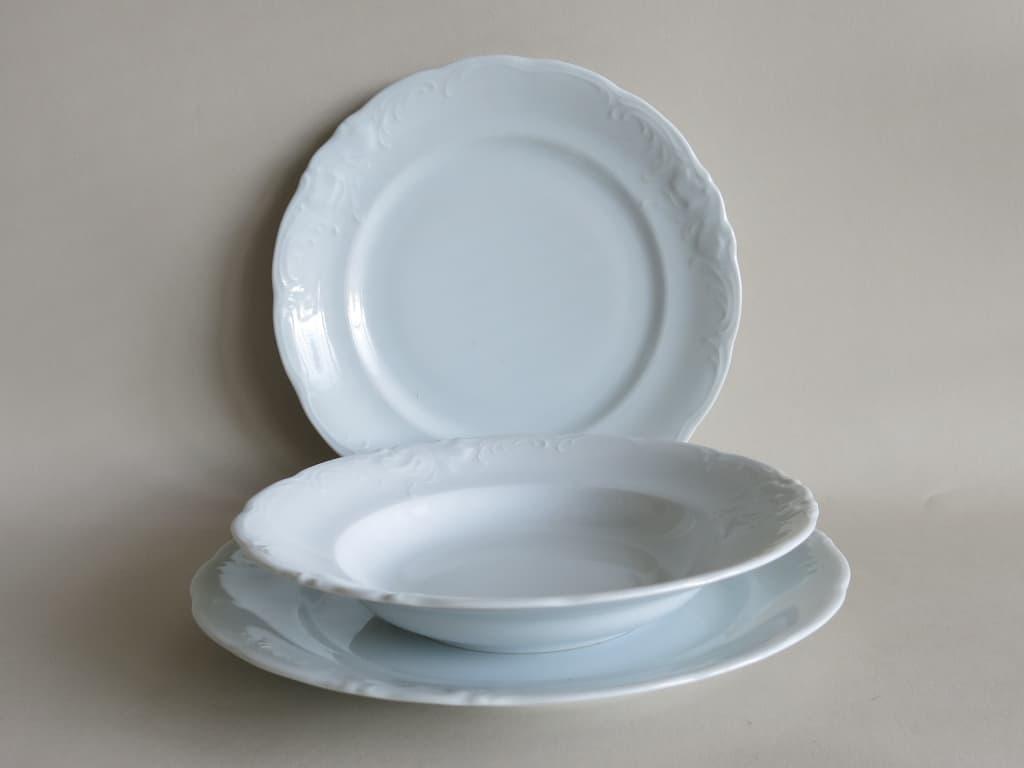 Weiße Porzellan Teller Friederike 27 cm liegend, Teller 24 cm tiefer Teller 22 cm