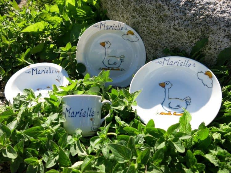 Porzellan mit Gans und Namen für Kinder