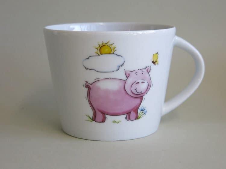 Kindergartenporzellan Tasse Clio Schweinchen