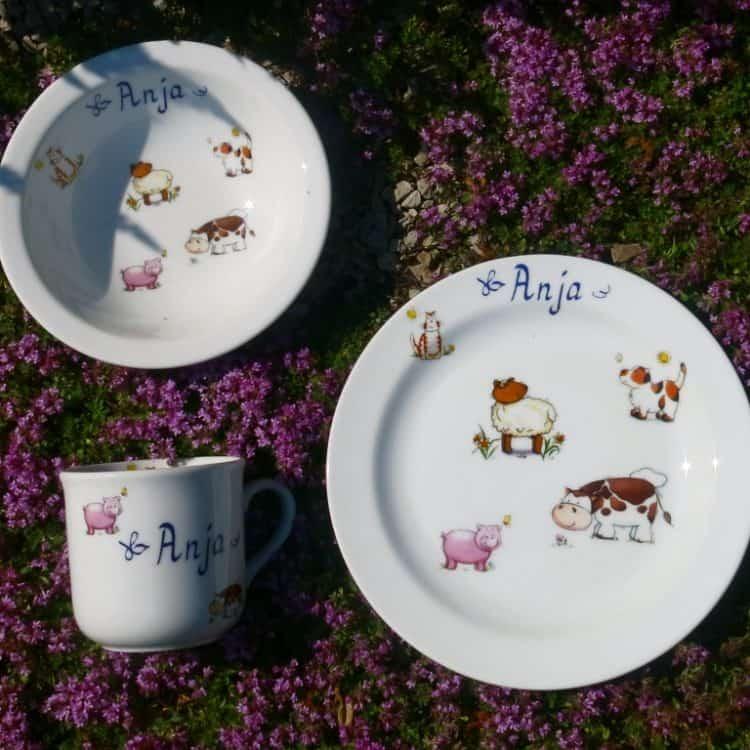 Bauernhoftiere auf Porzellan Kindergeschirr mit Namen personalisiert