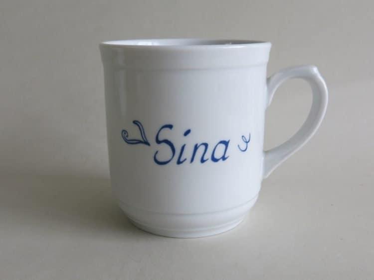 Becher Sina aus Porzellan mit Namen