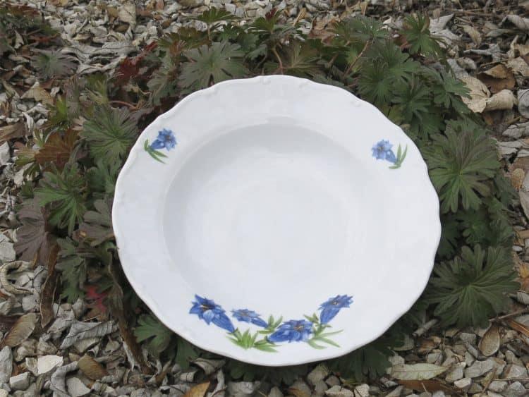 Enzian Suppenteller Porzellanserie Ofelie