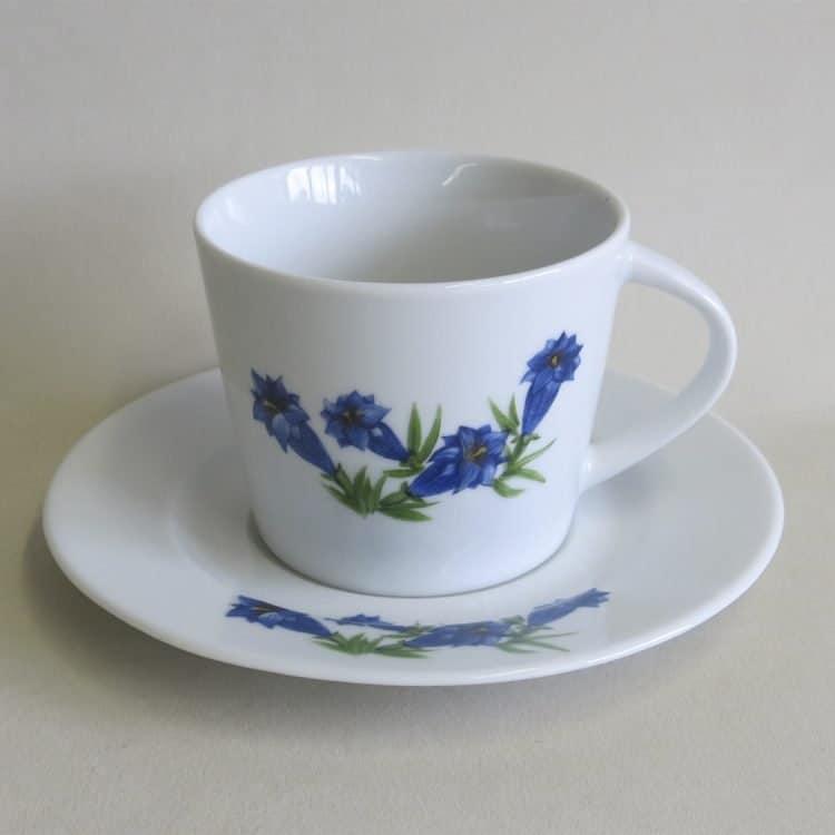 Enzianporzellan Tee- oder Kaffeetasse Clio, Untertasse