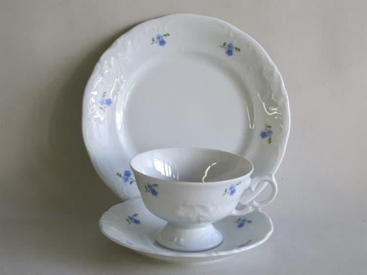 Gedeck Teetasse mit Füßchen Friederike Vergissmeinnichtstreuern 2