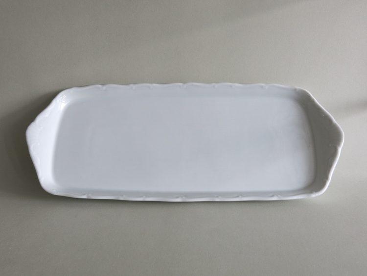 Recheckige Kuchenplatte der Serie Ofelie aus Porzellan 32 cm