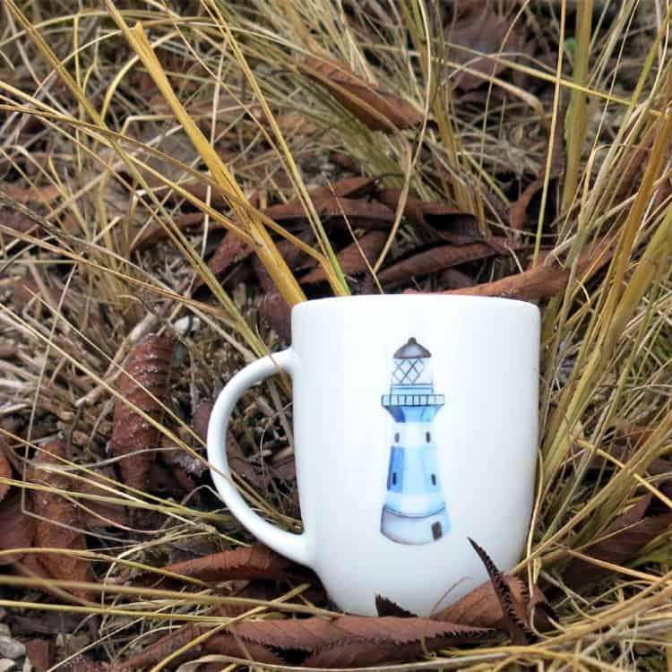 Kinder- oder Frühstücksgeschirr rundlicher Becher Daria 260 ml mit Leuchtturm blau
