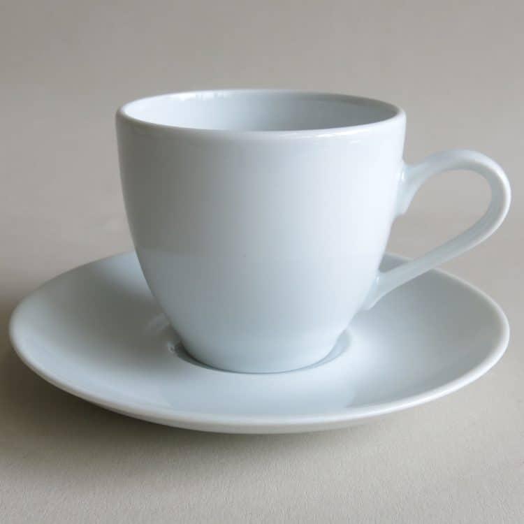 Klassische Kaffeetasse Ole mit Untertasse weiß