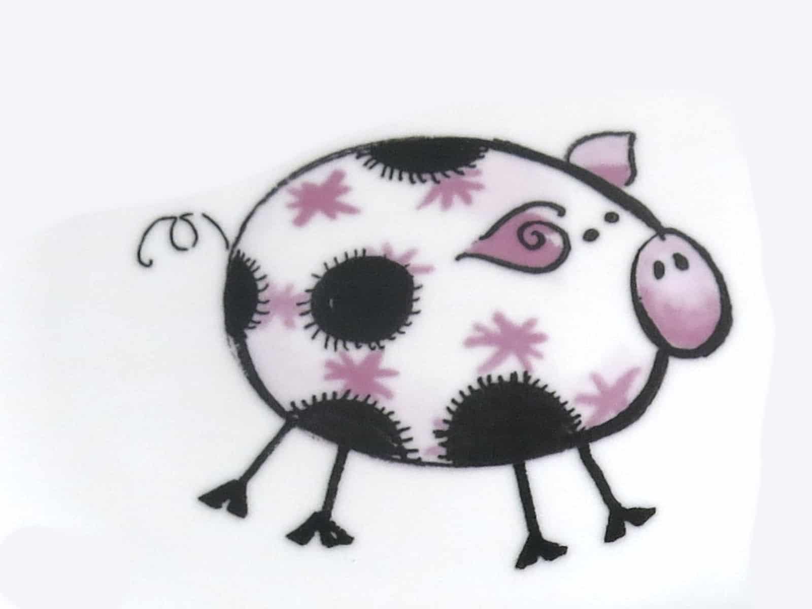 kunterbunt Schweinchen rosa Kindergarten Porzellan Motiv