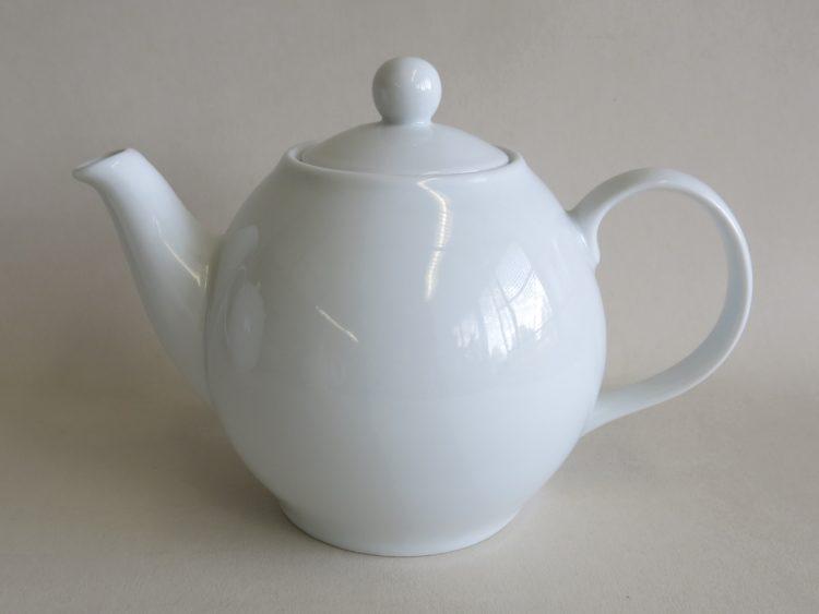 Weiße Teekanne aus Porzellan 500ml
