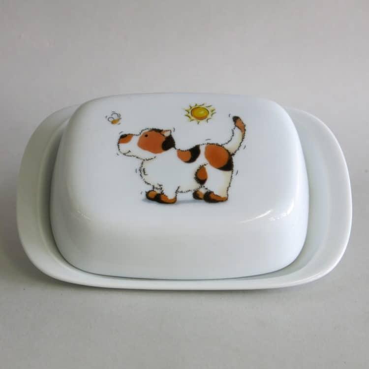 Butterdose aus Porzellan mit Hund und Biene