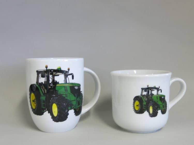 Kinder- oder Frühstücksset rundlicher Becher Kid und Becher Daria, grüner Traktor