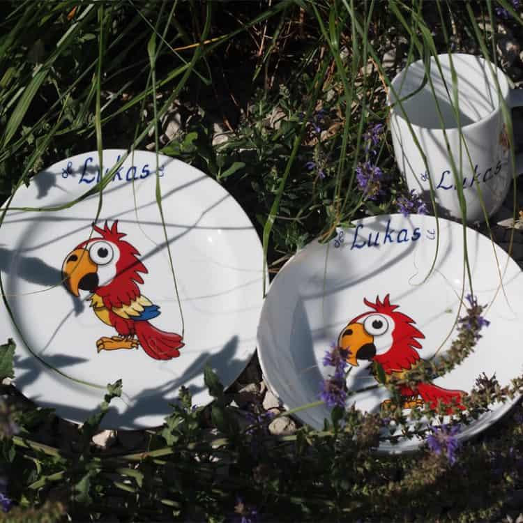 Kindergeschirr Porzellan Set mit Becher, Teller und Schale Piet Papagei