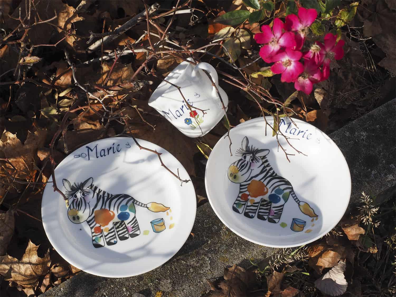 Geschirrset mit Zebra und Namen personalisiert