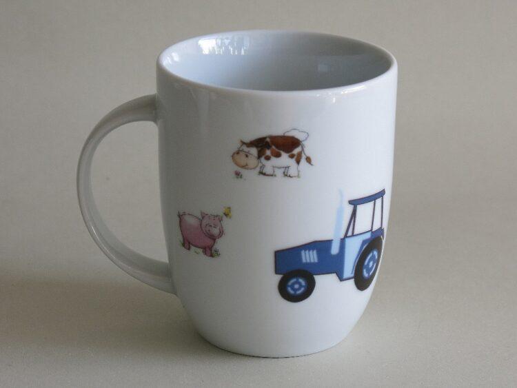 Frühstücksgeschirr Porzellan rundlicher Becher 260ml mit Bauernhoftiere und Traktor die Rückseite