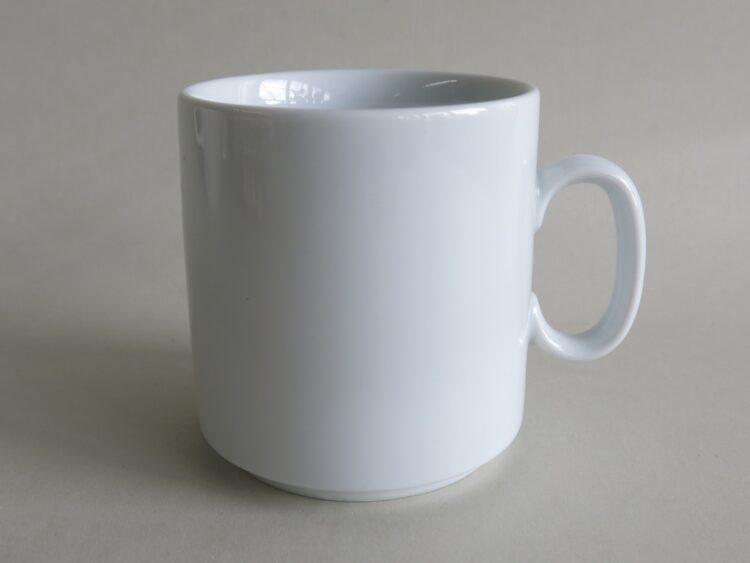 Gerader, stapelbarer weißer Porzellanbecher 260 ml