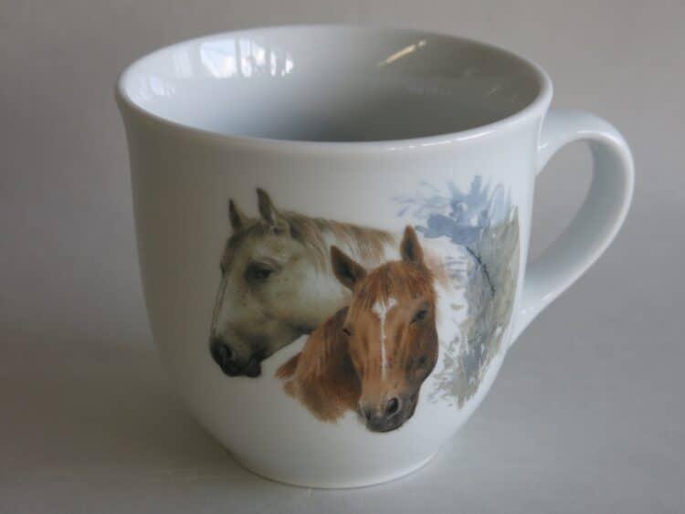 Frühstücksgeschirr Porzellan großer Becher 400ml mit Pferdeköpfen braun weiß