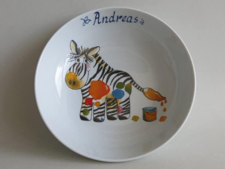 Kindergeschirr Porzellan tiefe Schale 18cm mit Zebra und Namen