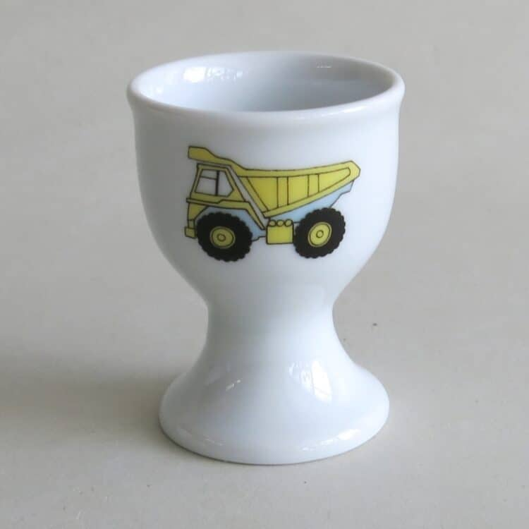 Frühstücksgeschirr Porzellan hoher Eierbecher mit gelben LKW