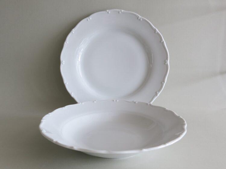 Teller Ofelie, Essteller 24,5 cm und Suppenteller 22 cm mit feinem Barock Rand