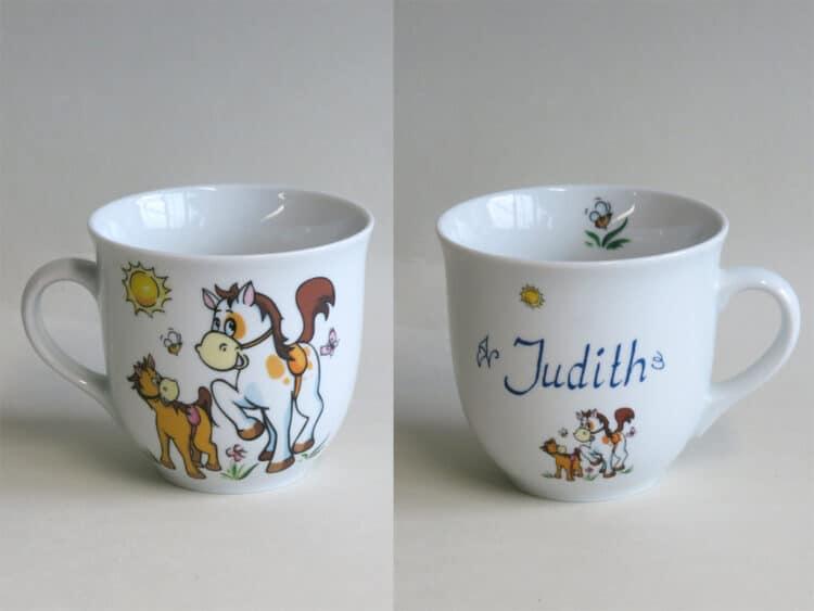 Frühstücksgeschirr Porzellan großer Becher Mirek mit Pferd, Pony und Namen personalisiert
