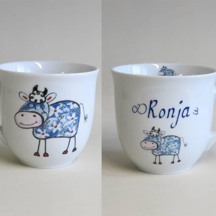 Frühstücksgeschirr Porzellan großer Becher 400ml Farm kunterbunt mit blauer Kuh und Namen