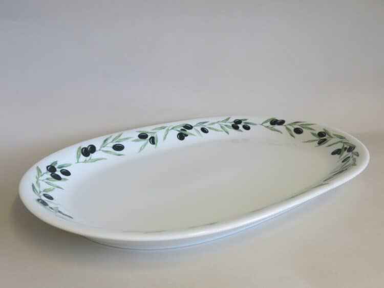 Ovale Vorlegeplatte Olympia aus Porzellan mit Olivenband