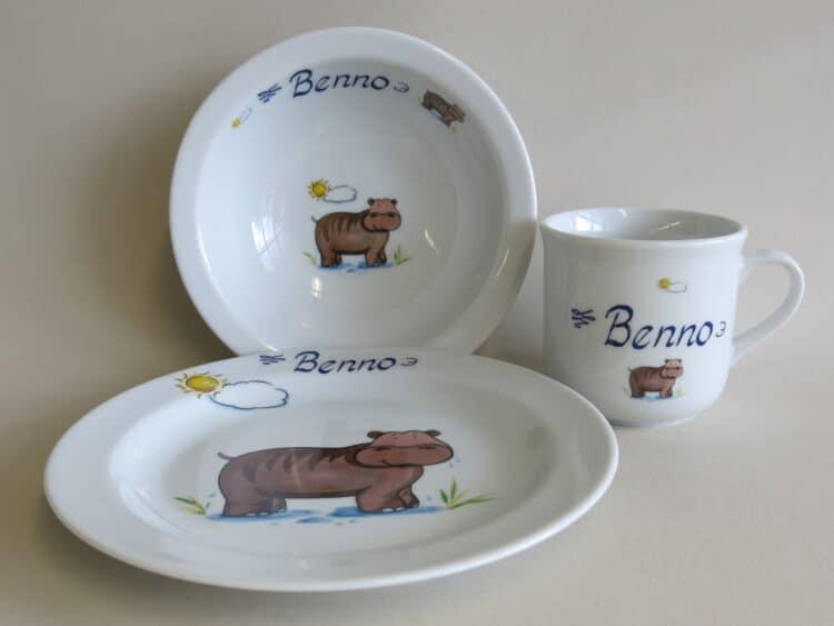 Kindergeschirr Porzellan Set, kleiner Becher 230ml, Müslischüssel 16cm und flacher Teller 19cm mit Nilpferd Sonne und Namen