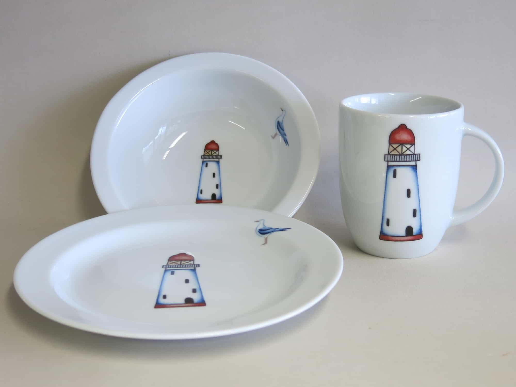 Kindergeschirr Porzellan Set kleiner Becher 230ml, Müslischüssel 16cm und flacher Teller 19cm mit Leuchtturm rot