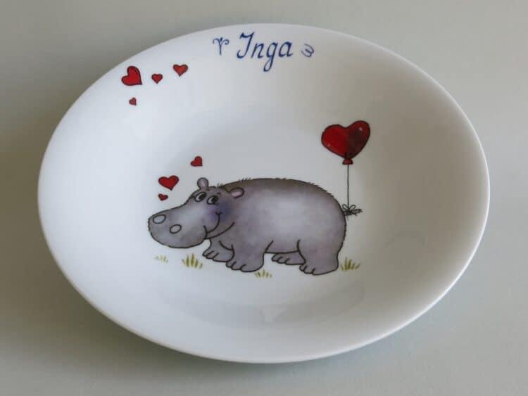 Kindergeschirr Porzellan tiefer Teller 22cm mit Nilpferd Herz und Namen