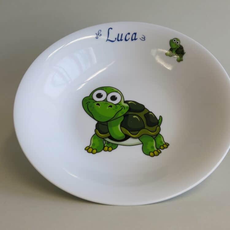 Kindergeschirr Porzellan tiefer Teller 22cm mit Schorschi Schildkröte und Namen