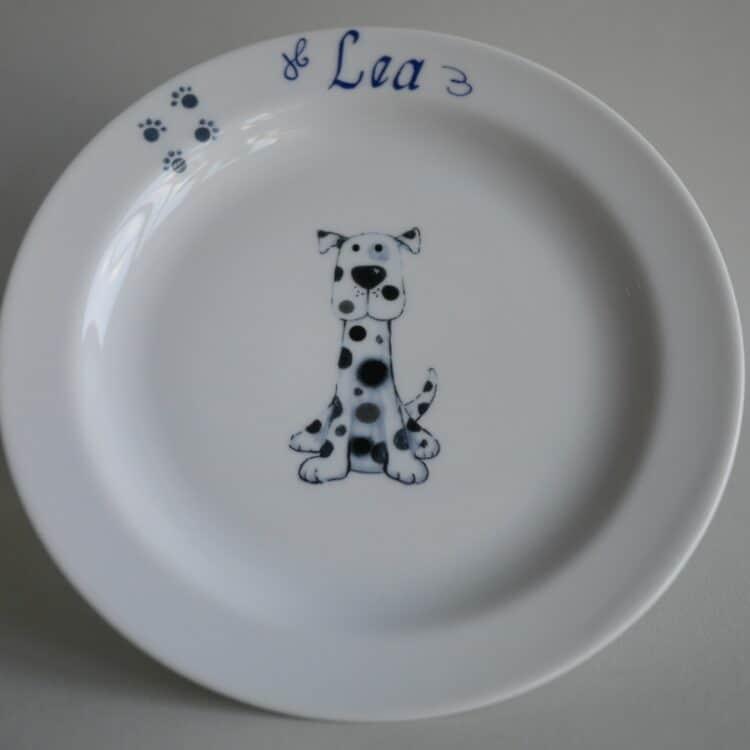 Kindergeschirr Porzellan flacher Teller 19cm mit Dalmatiner Mats und Namen