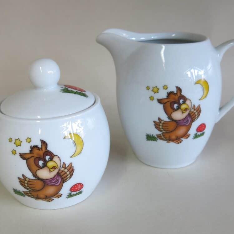 Porzellan Zuckerdose und passender Milchgießer mit Eule für Kindergärten