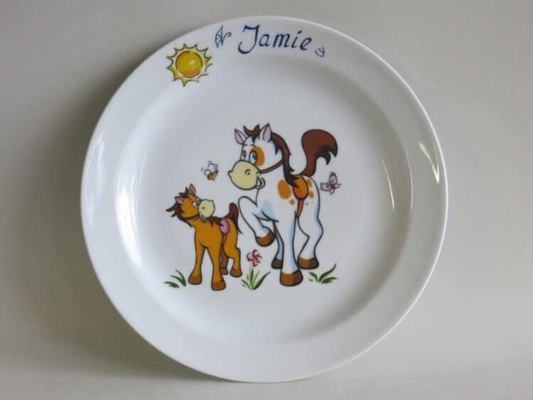 Kindergeschirr Porzellan flacher Teller 24cm mit Pferd und Pony und Namen