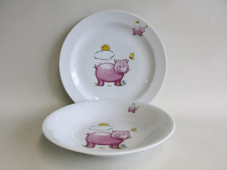 Kindergeschirr Porzellan Set flacher Teller 24cm und tiefer Teller 22cm mit rosa Schwein und Sonne