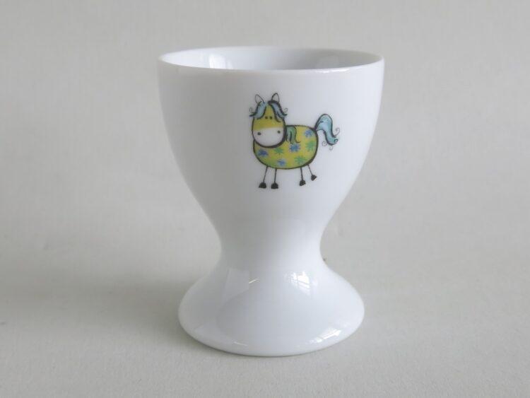 Frühsücksgeschirr Porzellan hoher Eierbecher mit grünem Pferd Sunny