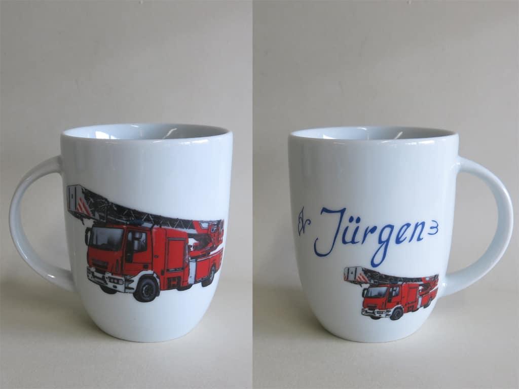Frühstücksgeschirr Porzellan rundlicher Becher 260ml mit relistischer Feuerwehr und Namen