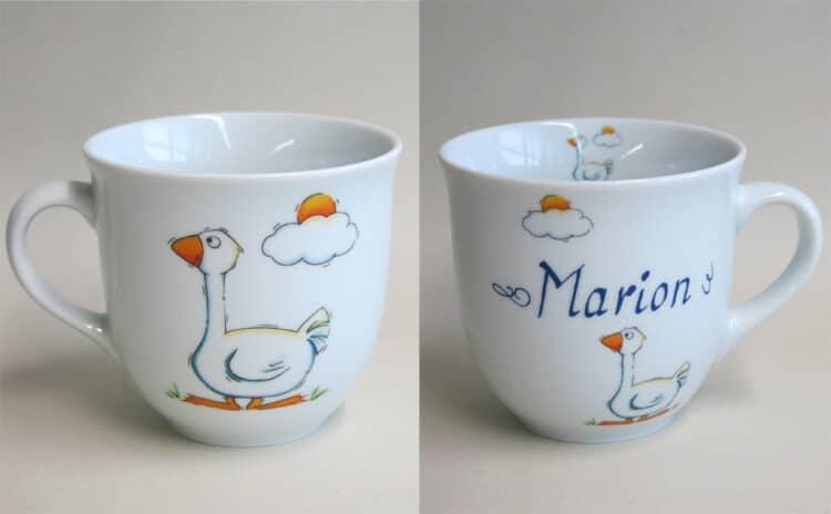 Frühstücksgeschirr Porzellan großer Becher Mirek mit Gans personalisiert