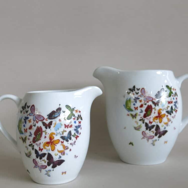 Porzellan Milchgießer und Krug Olympia mit Schmetterlingsherz