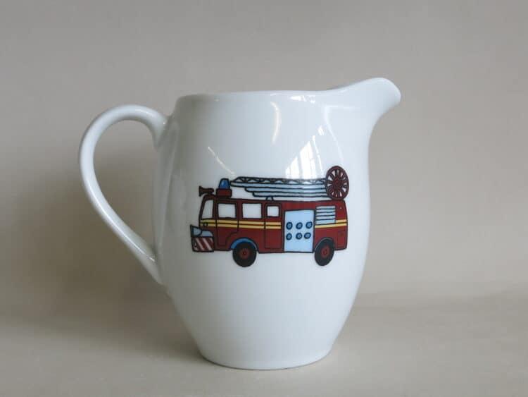 Porzellan Milchgießer Feuerwehr
