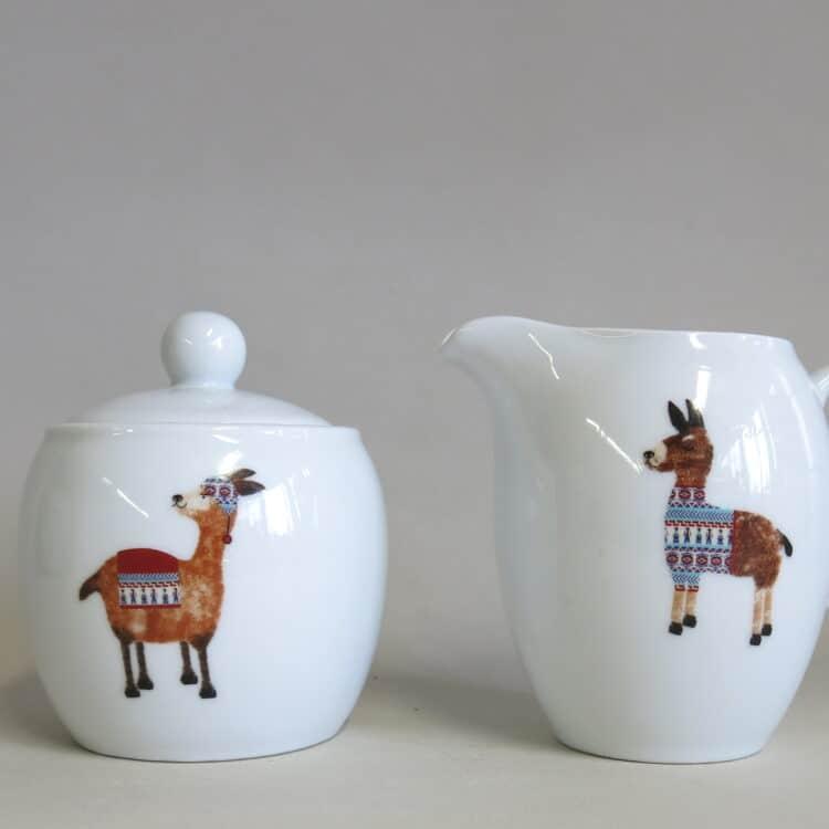 Porzellan Milchgießer und Zuckerdose Olympia mit Lamas anders